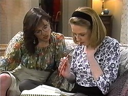 Christina Alessi, Melanie Pearson in Neighbours Episode 1320