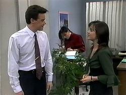 Paul Robinson, Caroline Alessi, Christina Alessi in Neighbours Episode 1321