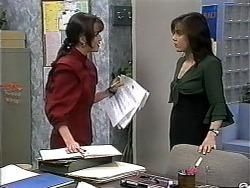 Caroline Alessi, Christina Alessi in Neighbours Episode 1321