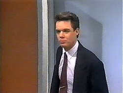 Paul Robinson in Neighbours Episode 1321