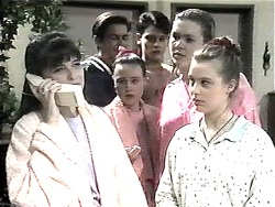 Cody Willis, Todd Landers, Bianca, Josh Anderson, Lynn, Melissa Jarrett in Neighbours Episode 1322