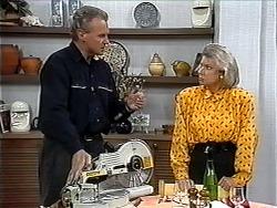 Jim Robinson, Helen Daniels in Neighbours Episode 1324
