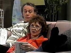 Doug Willis, Pam Willis in Neighbours Episode 1324