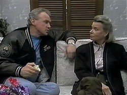 Jim Robinson, Helen Daniels in Neighbours Episode 1326