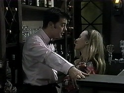 Matt Robinson, Gemma Ramsay in Neighbours Episode 1327