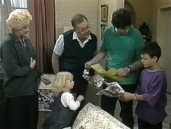 Madge Bishop, Sky Mangel, Harold Bishop, Joe Mangel, Toby Mangel in Neighbours Episode 1338