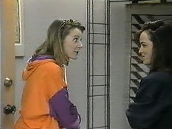 Melanie Pearson, Christina Alessi in Neighbours Episode 1342
