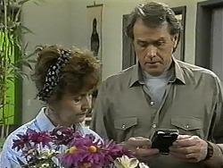 Pam Willis, Doug Willis in Neighbours Episode 1343