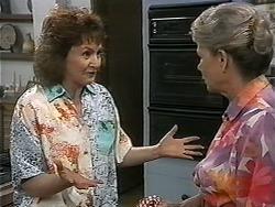 Pam Willis, Helen Daniels in Neighbours Episode 1346