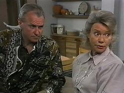Jim Robinson, Helen Daniels in Neighbours Episode 1349