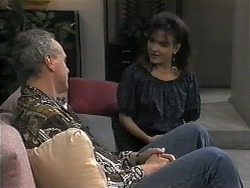 Jim Robinson, Christina Alessi in Neighbours Episode 1350