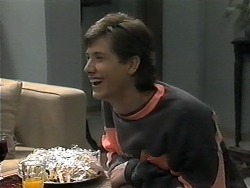 Ryan McLachlan in Neighbours Episode 1350