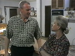 Jim Robinson, Helen Daniels in Neighbours Episode 1350