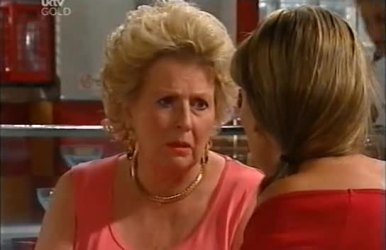 Valda Lawson, Steph Scully in Neighbours Episode 4519