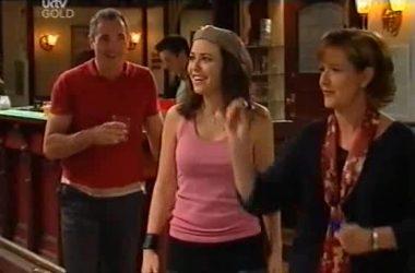Karl Kennedy, Libby Kennedy, Susan Kennedy in Neighbours Episode 4551