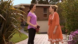 Kate Ramsay, Sonya Mitchell in Neighbours Episode 6831
