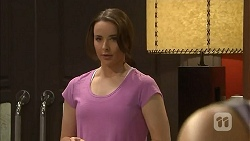 Kate Ramsay in Neighbours Episode 6831