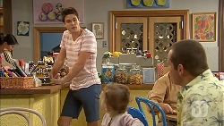 Chris Pappas, Nell Rebecchi, Toadie Rebecchi in Neighbours Episode 6831