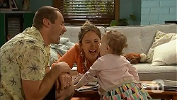 Toadie Rebecchi, Sonya Mitchell, Nell Rebecchi in Neighbours Episode 6831