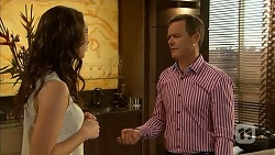 Kate Ramsay, Paul Robinson in Neighbours Episode 6832