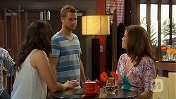 Kate Ramsay, Mark Brennan, Rebecca Napier in Neighbours Episode 6832