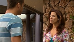 Mark Brennan, Rebecca Napier in Neighbours Episode 6832