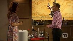 Rebecca Napier, Paul Robinson in Neighbours Episode 6832