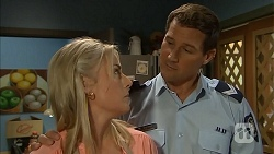 Lauren Turner, Matt Turner in Neighbours Episode 6833