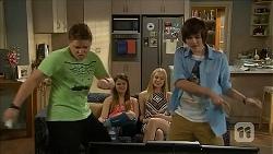Callum Rebecchi, Josie Lamb, Josie Mackay, Bailey Turner in Neighbours Episode 6834