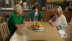Lou Carpenter, Bailey Turner, Lauren Turner in Neighbours Episode 6836