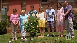 Susan Kennedy, Sheila Canning, Kyle Canning, Georgia Brooks, Callum Jones, Sonya Mitchell, Toadie Rebecchi in Neighbours Episode 6836