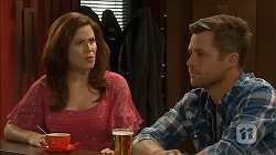 Rebecca Napier, Mark Brennan in Neighbours Episode 6839