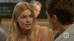 Amber Turner, Josh Willis in Neighbours Episode 6840