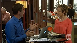 Paul Robinson, Susan Kennedy in Neighbours Episode 6840