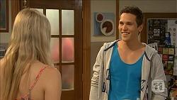 Amber Turner, Josh Willis in Neighbours Episode 6841