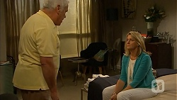 Lou Carpenter, Lauren Turner in Neighbours Episode 6842
