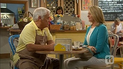 Lou Carpenter, Kathy Carpenter in Neighbours Episode 6842