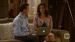 Paul Robinson, Rebecca Napier in Neighbours Episode 6843