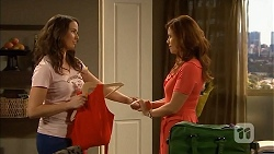 Kate Ramsay, Rebecca Napier in Neighbours Episode 6844