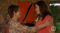 Susan Kennedy, Rebecca Napier in Neighbours Episode 6844