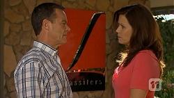 Paul Robinson, Rebecca Napier in Neighbours Episode 6844