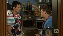 Chris Pappas, Callum Rebecchi in Neighbours Episode 6845