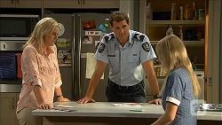Lauren Turner, Matt Turner, Amber Turner in Neighbours Episode 6847