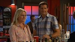 Lauren Turner, Matt Turner in Neighbours Episode 6847