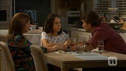 Terese Willis, Imogen Willis, Brad Willis in Neighbours Episode 6847
