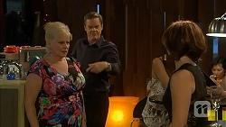 Sheila Canning, Paul Robinson, Naomi Canning in Neighbours Episode 6848
