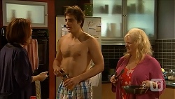 Naomi Canning, Kyle Canning, Sheila Canning in Neighbours Episode 6848