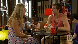 Georgia Brooks, Kyle Canning in Neighbours Episode 6848