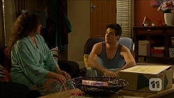 Patricia Pappas, Chris Pappas in Neighbours Episode 6850