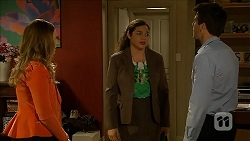 Sonya Mitchell, Patricia Pappas, Chris Pappas in Neighbours Episode 6850